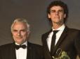 Guga recebe o prêmio Philippe Chatrier em Paris (FRA)