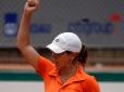 Sem perder sets, Roxane fatura títulos de simples e duplas em Itaparica (BA)