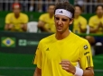 Brilhante, Bellucci vence Ferrer e sobe no ranking