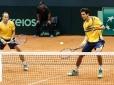 Melo e Soares deixam Brasil a uma vitória da elite