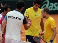 Croácia vence nas duplas e lidera confronto contra Brasil