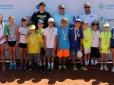Circuito Juvenil Correios define campeões do Tennis Kids em Curitiba