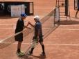 Francisco Menezes vence José Silvestre e avança no Circuito Senior ITF