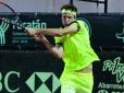 Gabriel Decamps derrota número 1 do mundo na Copa Yucatan