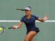 Filha de ex-jogador Alex vai à semi na 2ª Copa Bahiano de Tênis