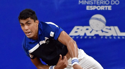 Thiago Monteiro é vice-campeão em Santos e entra no top 90