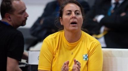 Roberta Burzagli é selecionada para curso de lideranças femininas no esp ...