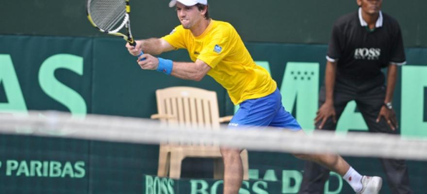 Ricardo Mello perde para Bopanna e Brasil cai para a Índia na Copa Davis