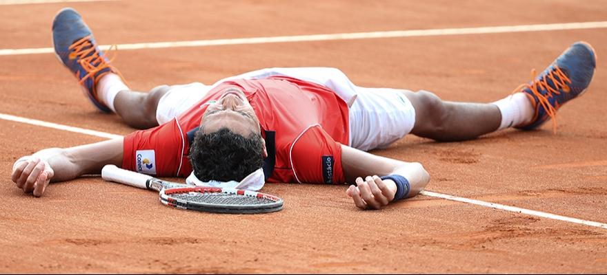 Na estreia em torneios ATP, Monteiro derrota Tsonga no Rio Open