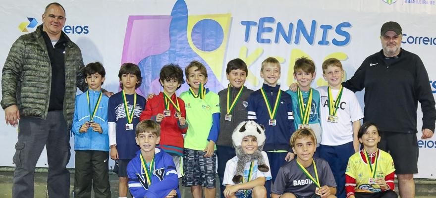 Campeões do Tennis Kids são definidos na etapa de Porto Alegre
