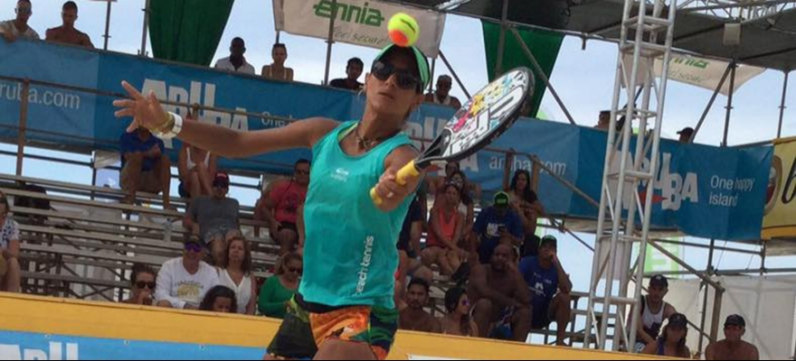 Joana Cortez vence o Oscar do Beach Tennis na Itália