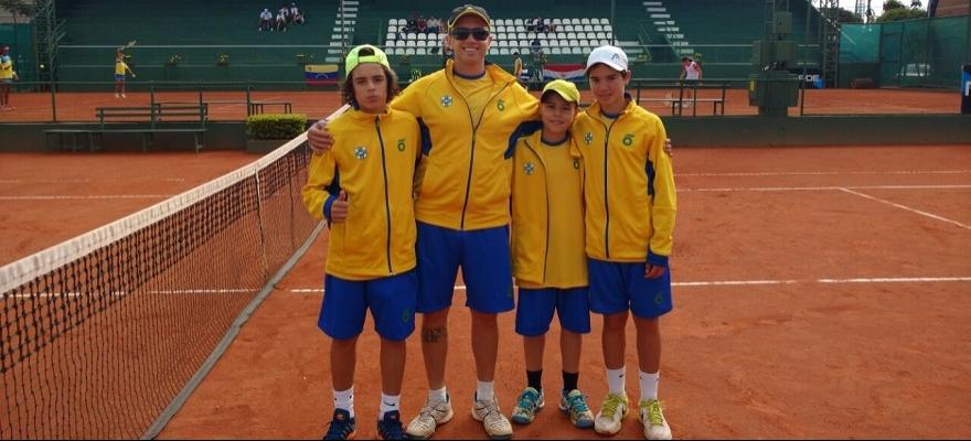 Equipe masculina estreia com vitória no Sul-Americano 12 anos