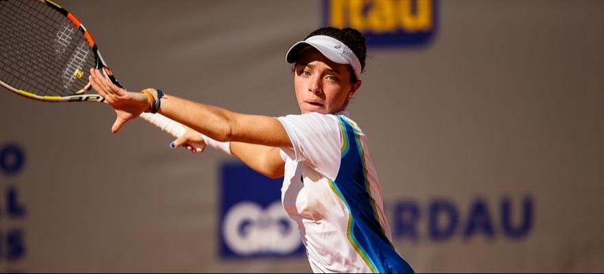 Thaisa Pedretti vence a primeira no torneio juvenil de Wimbledon