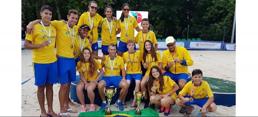 Time Correios Brasil é vice-campeão no mundial de beach tennis
