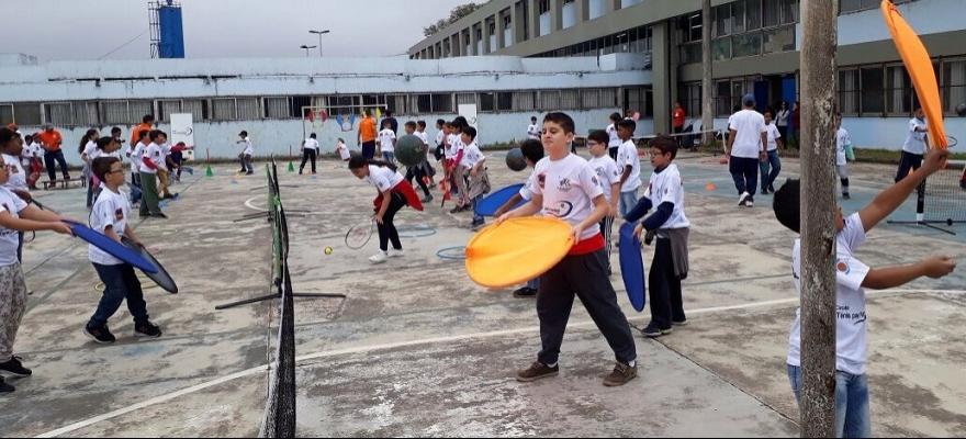Circuito Tênis para Todos atende mais de mil crianças em Mauá
