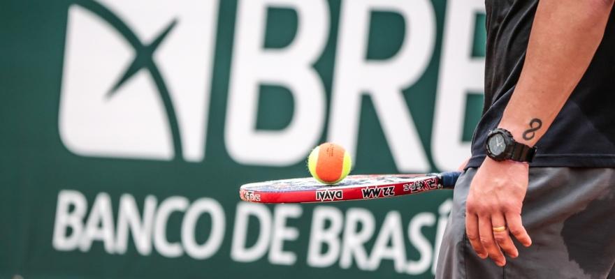 Com a presença de top-10 mundiais, Brasília (DF) recebe um dos maiores torneios de Beach Tennis do mundo nesta semana